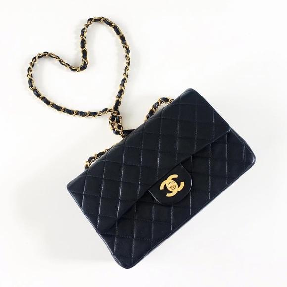 CHANEL Handbags - ❌SOLD❌CHANEL Vintage Classic Double Flap Lambskin